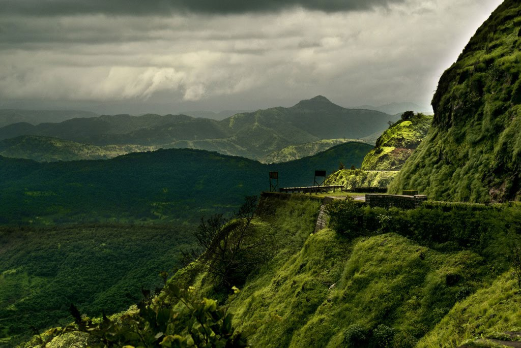 Lonavala - Providing Rewarding Opportunities To Best Relish Maharashtra's Natural Beauty