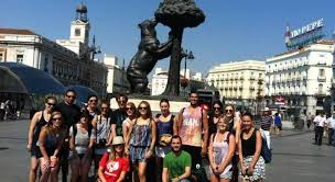 Staying Healthy Whilst Travelling: Taking A Walking Tour In Spain