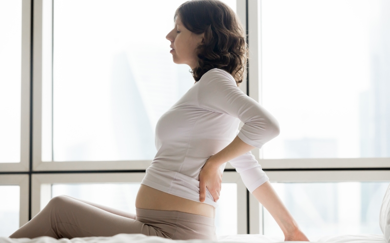 5 Reasons That Lead To Back Pain During Pregnancy