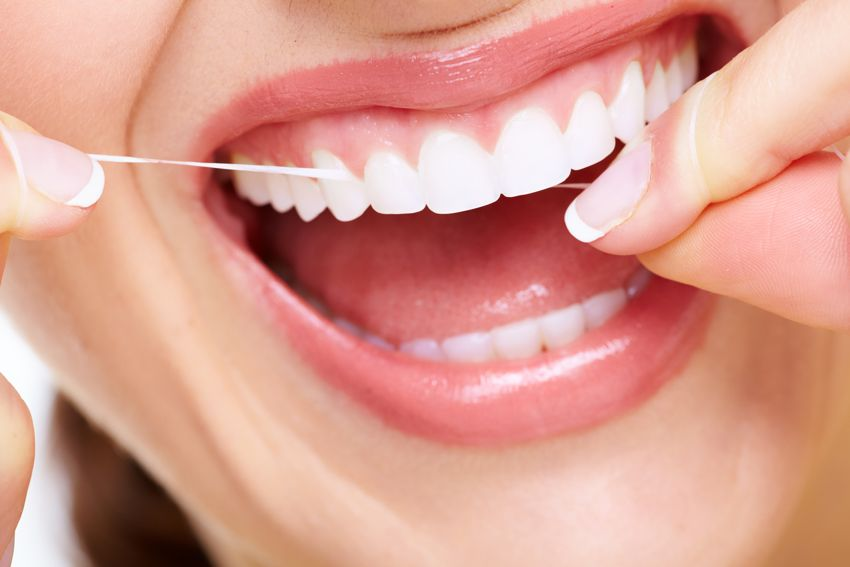 4 Advantages Of Flossing Your Teeth Daily