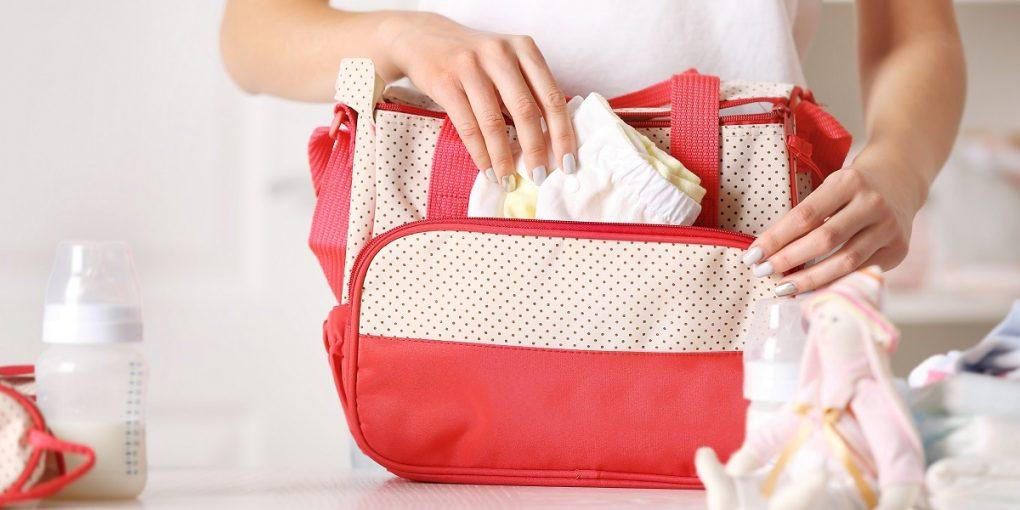 What Are The Essentials For A New Mom's Diaper Bag