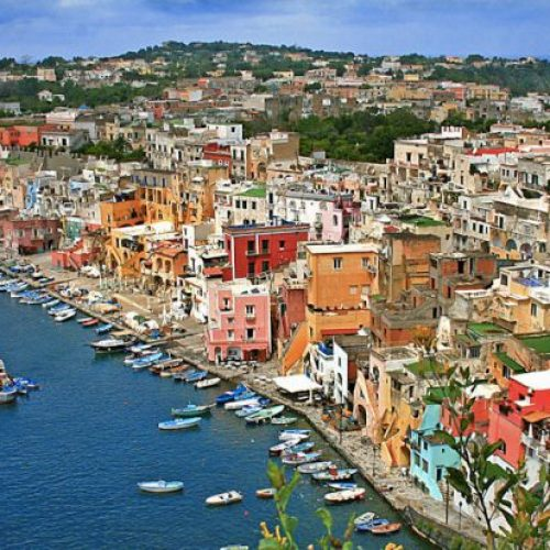 Traveling To Naples: Avoid These 4 Common Travel Mistakes